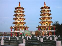 Dragon and Tiger Pagodas, Zuoying, Kaohsiung (19203993)