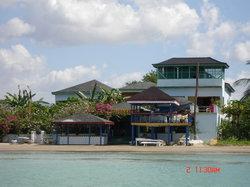 Idlers' Rest Beach Hotel