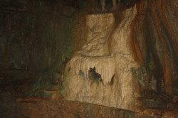 Cascade Caverns