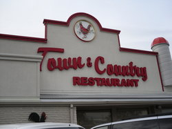 ‪Town & Country Restaurant‬