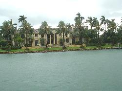 See homes of the super rich on boat tour