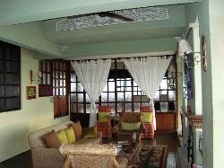 Maximilliano Living Room