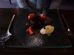 munch munch.....choc dessert....awesome