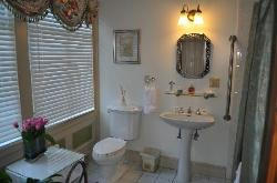 Silk Room Bathroom