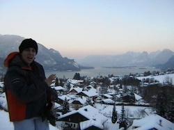 Lake Wolfgang with St. Gilgen in the foreground. Salzburg, Österreich