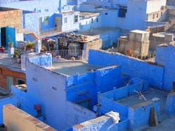 blue house (20570097)