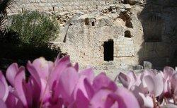 Τάφος-Κήπος