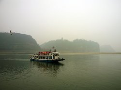 Leshan River, Friend and Foe