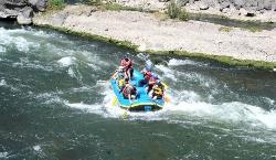 White water rafting in the Urubamba river (20648797)