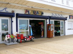 Zelky's Beach Arcade, Central Location