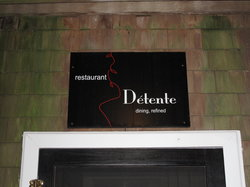 Detente Restaurant and Wine Bar