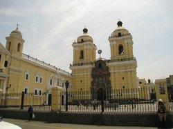 圣佛朗西斯科教堂及修道院