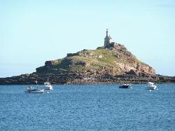 Ausblick auf die schöne Insel die bei Ebbe erreichbar ist
