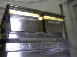 La tombe du Président Willaim McKinley et Ida McKinley  The tomb of President Willaim McKinley