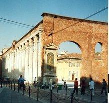 サン ロレンツォの円柱