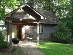 Royal Oaks Cabins