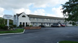 Yankee Village Motel