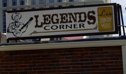 ‪Legends Corner‬