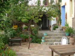 Casa Viña y Rosales