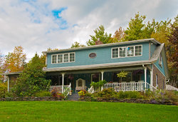 Blue Stone Cottage Bed and Breakfast