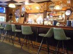 D & D Bar & Grill