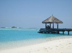 The arrival jetty - also possible to go to Anantara Dhigu from this jetty