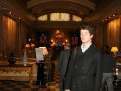 Being glamorous in the Palm Court
