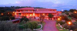 薩羅卡酒店