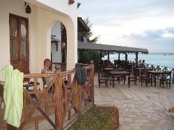 Terrza y restaurante con vistas al mar