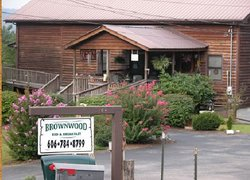Brownwood Bed and Breakfast and Cabins
