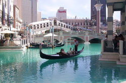 ‪Gondola Rides at the Venetian‬