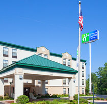 Holiday Inn Express Fayetteville - Ft. Bragg