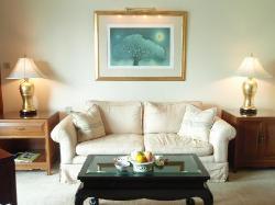 客室内のソファー