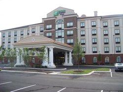 Holiday Inn Express Hotel & Suites Nashville - Opryland
