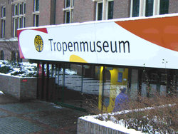 Tropenmuseum (Museo Tropical)