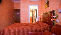 Cromata Rooms
