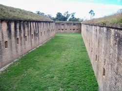 ‪Fort Barrancas‬