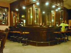 Piano bar to the side of the lobby