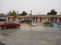 Topper's Motel