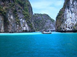 Phi Phi Trimaran Cruise