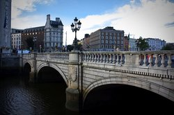 ‪O'Connell Bridge‬