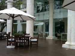restaurant, 2nd floor gym, 3rd floor infinity pool