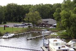 Harbor Bar, Restaurant, and Marina
