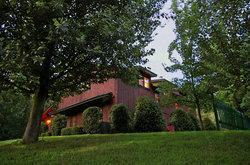 Cedar House Inn & Yurts