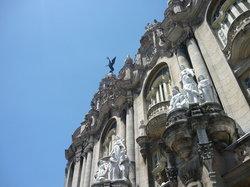 details building near Capitolio (24593072)