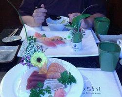 To-Ne Sushi Bar