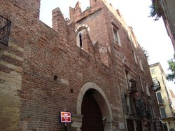 Romeo's House (Casa di Romeo)
