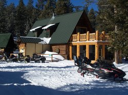 Paulina Lake Lodge