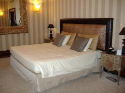 Typical bedroom at Exedra Hotel Rome