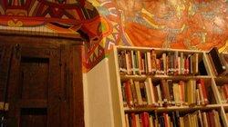 Public Library (Biblioteca Publica)